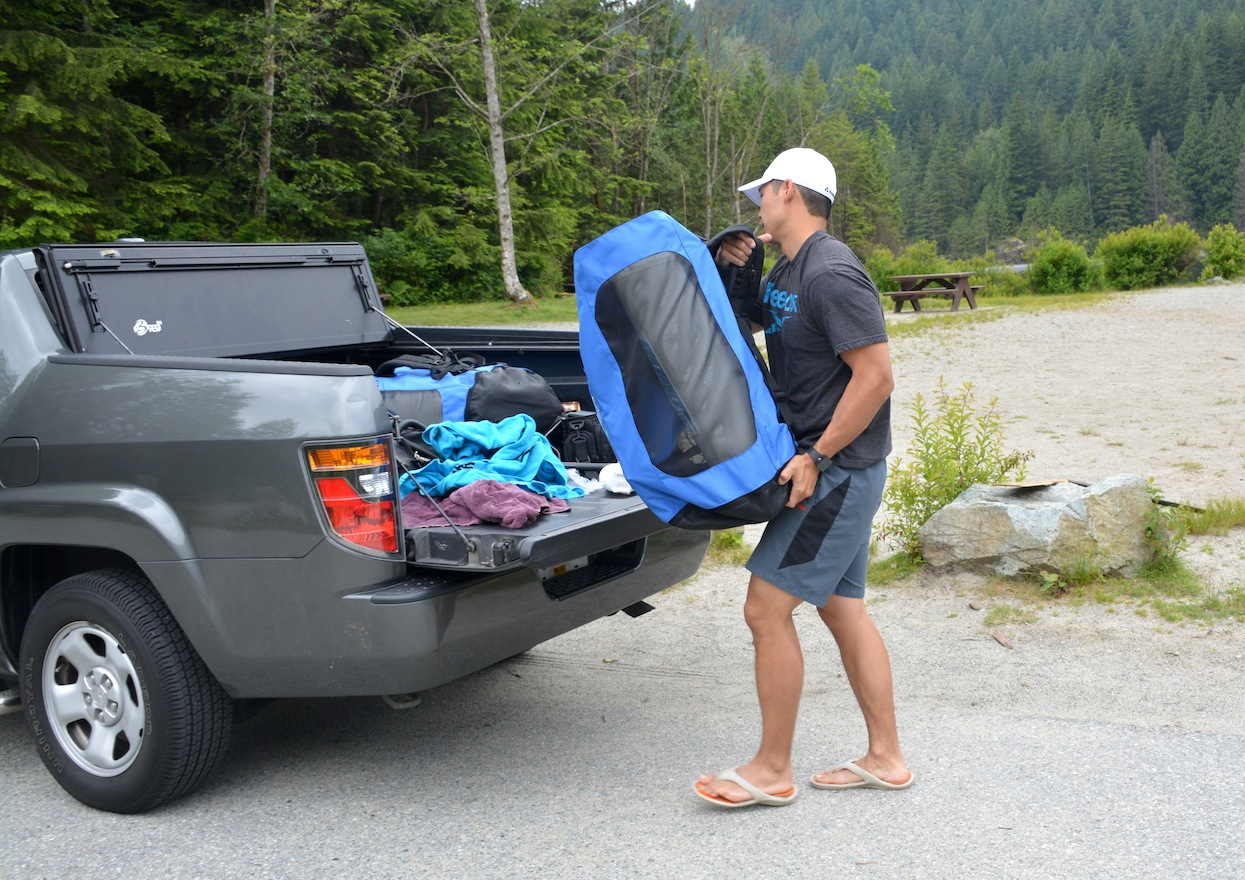 transport inflatable sup in trunk of vehicle