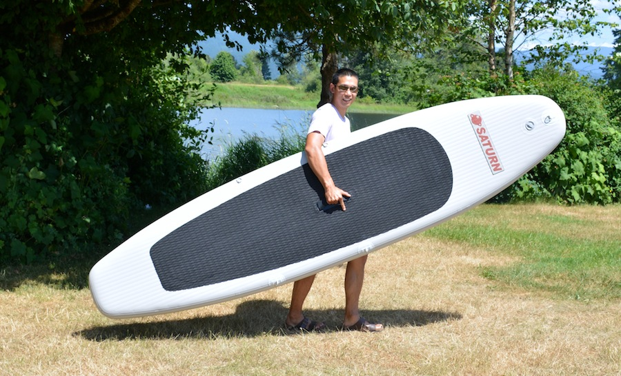 carrying the Saturn ultra-light paddle board
