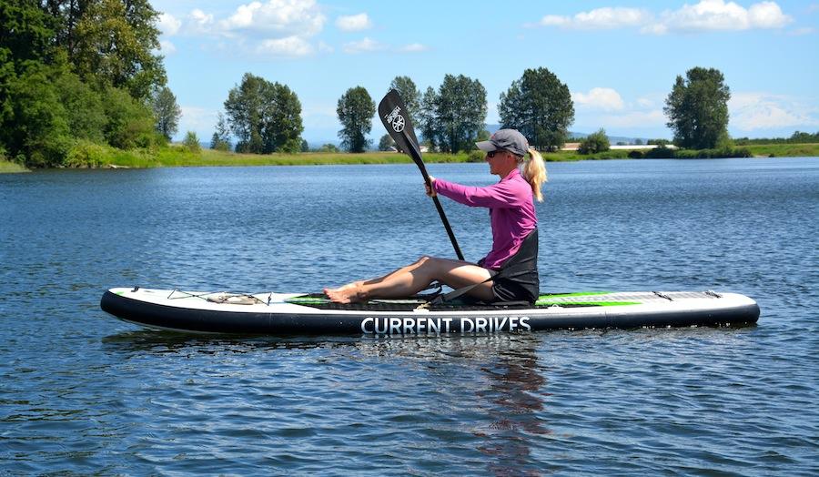 paddling SUP kayak-style