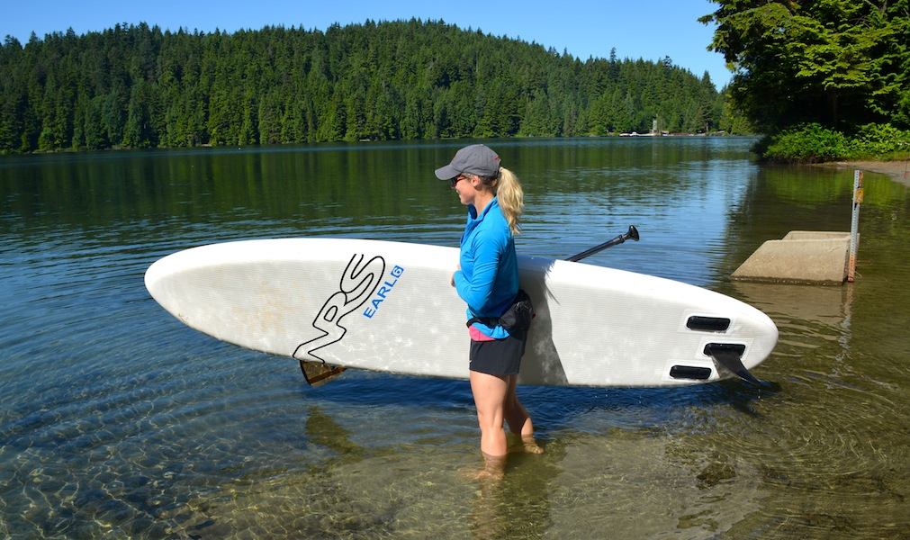 carrying the NRS Earl 6 paddle board