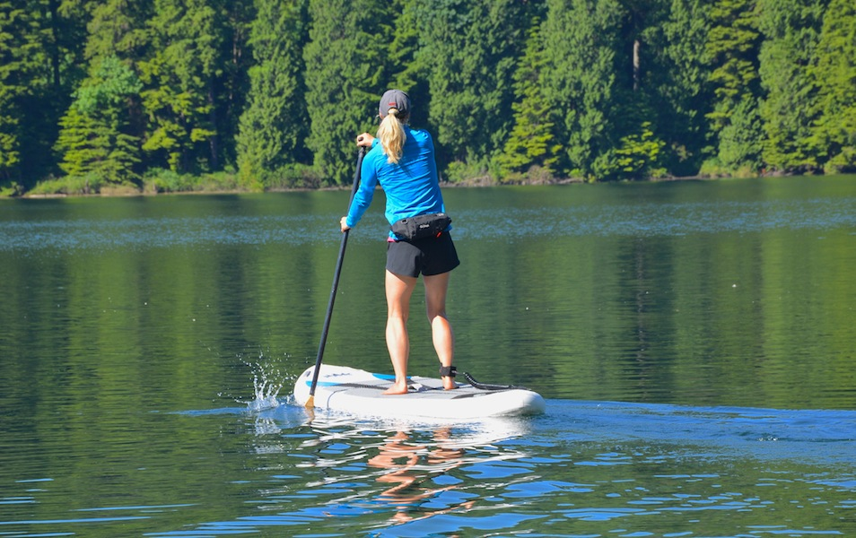 paddling the NRS Earl 6 SUP