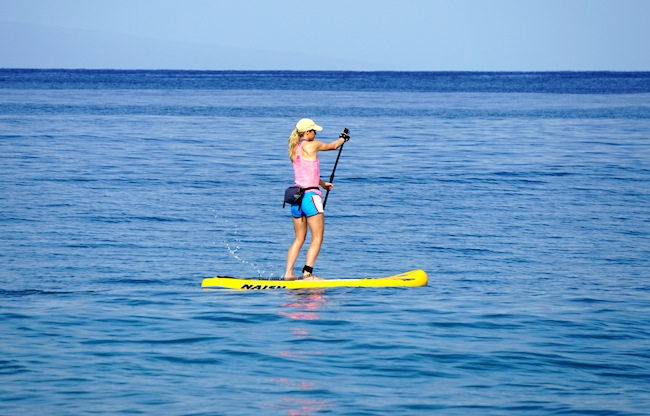 paddling the Naish Mana Air in Hawaii